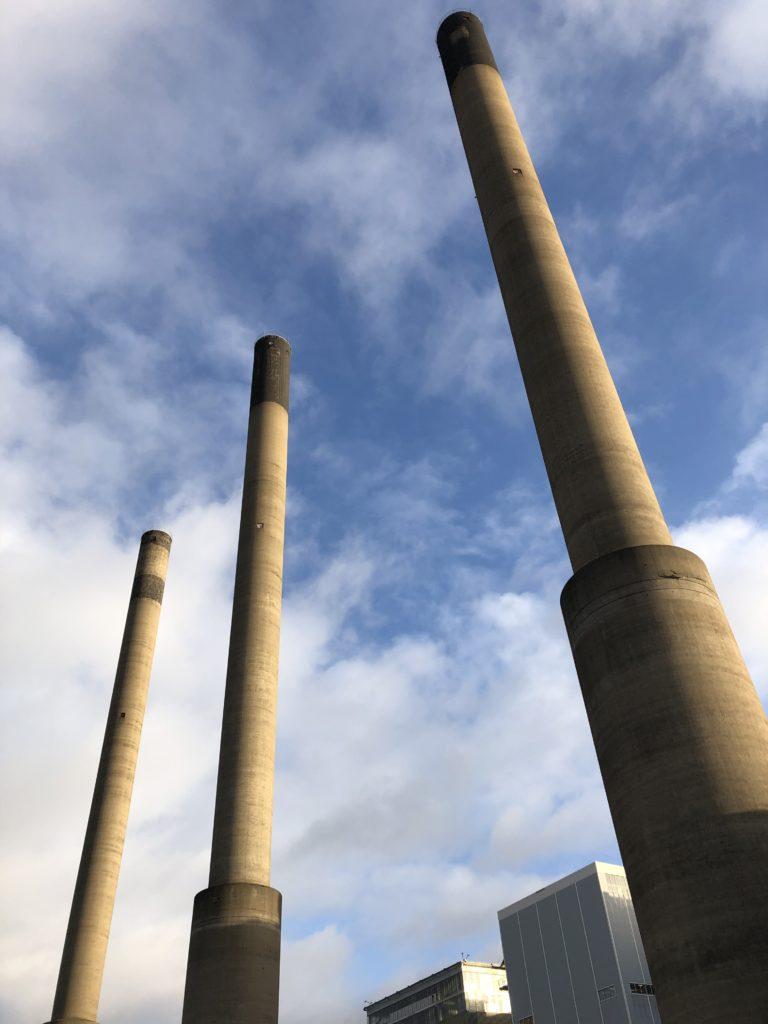 Karlshamnsverkets tre torn